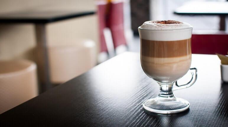 cách pha cà phê lắc
